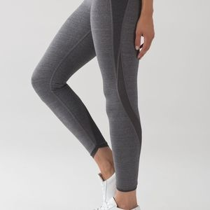 Lululemon light as a feather  tight size 4